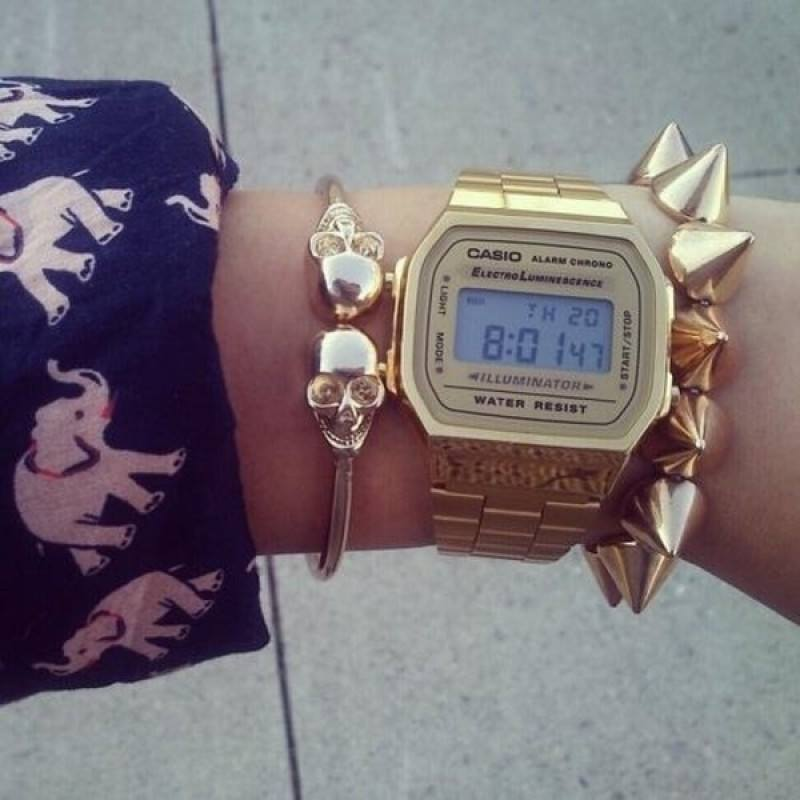 innovative design fb0d0 3ae94 Casio Vintage A168WG-9W Gold Plated Watch For Women and Men ...