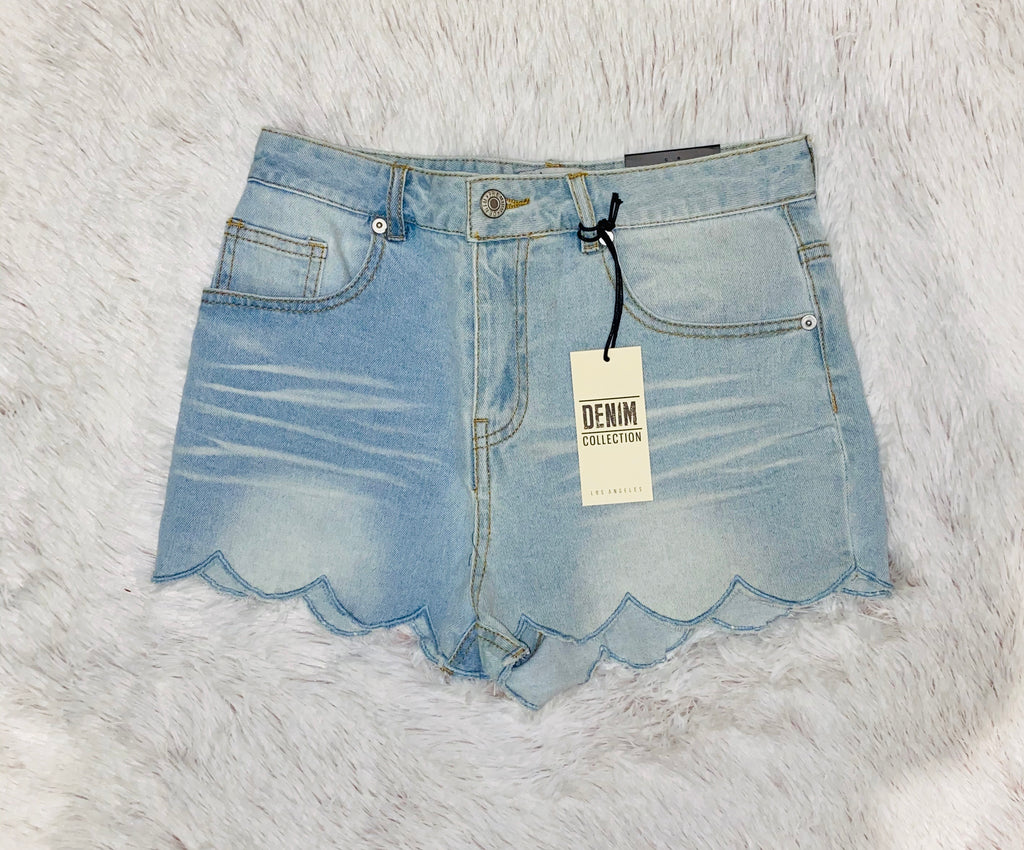 Light Wash Scalloped Jean Short