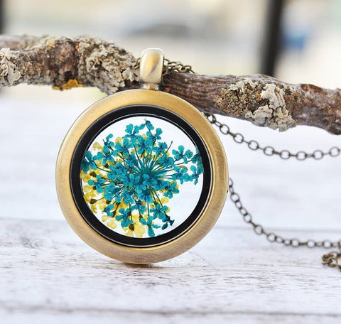 Unique Jewelry Flowers and Resin