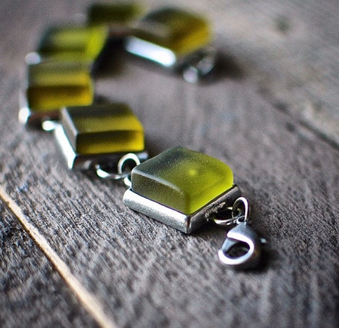 Unique Jewelry from Recycled Bottles
