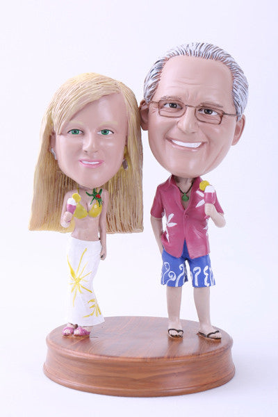 Happy Couple in Hawaii Bobblehead