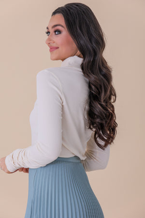 Stunningly Scrunched Detail Sleeve Top - Tops - Wight Elephant Boutique
