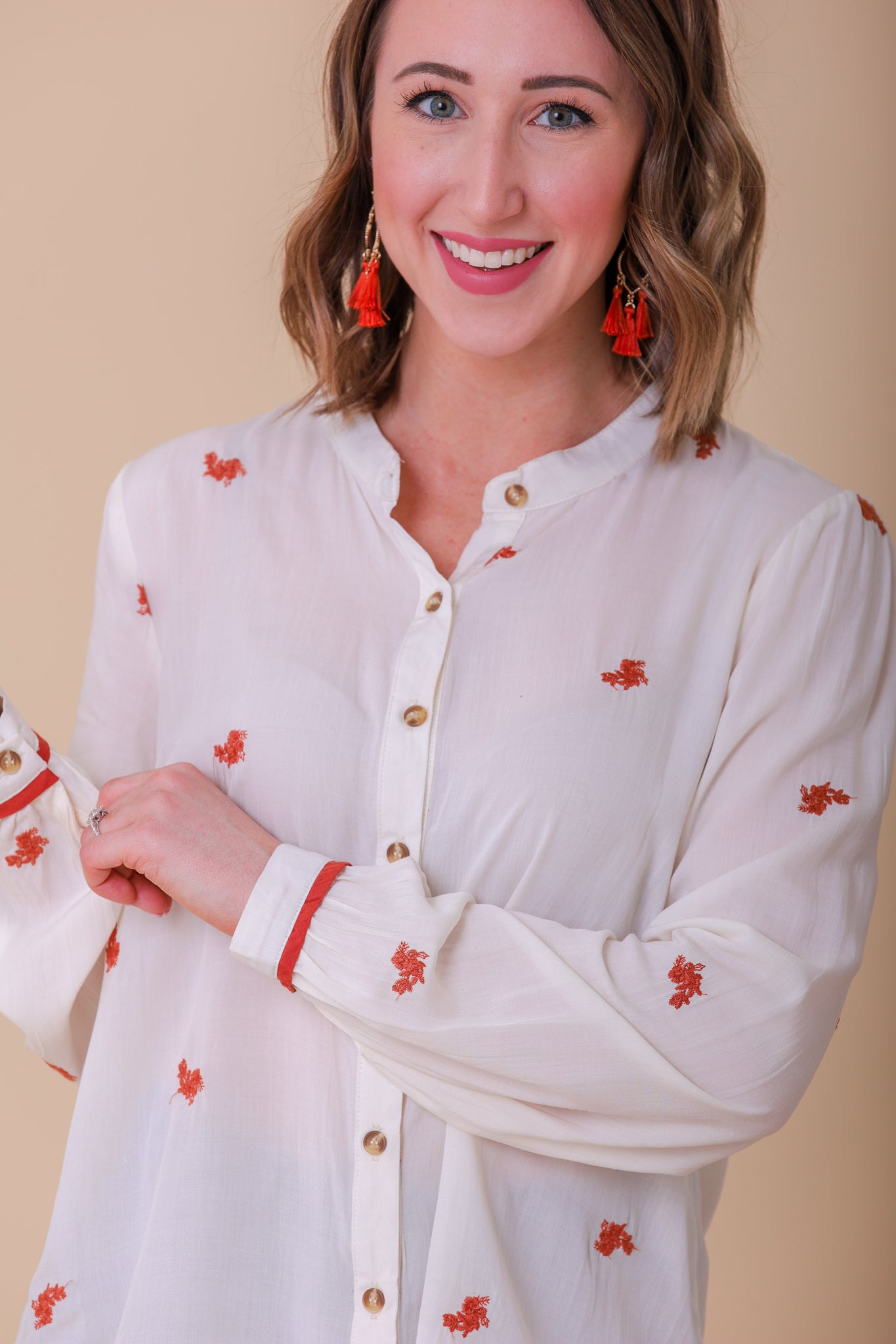 Daisy Chain Floral Embroidered Button Up Top - Tops - Wight Elephant Boutique
