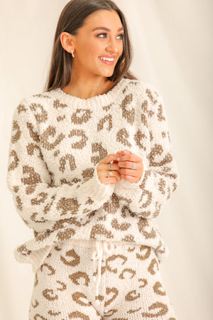 Snow Glad To Be Cozy Pullover - White/Dusty Olive