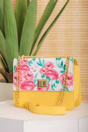 Pluck at My Heartstrings Flower Print Shoulder Bag