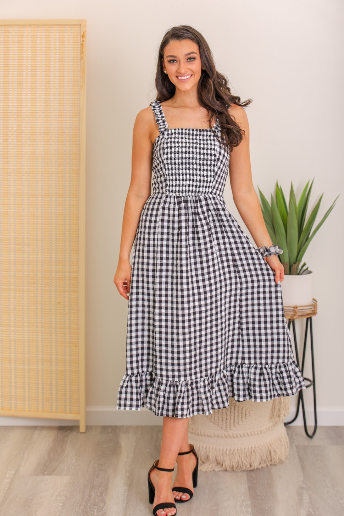 Summer Smile Gingham Midi Dress