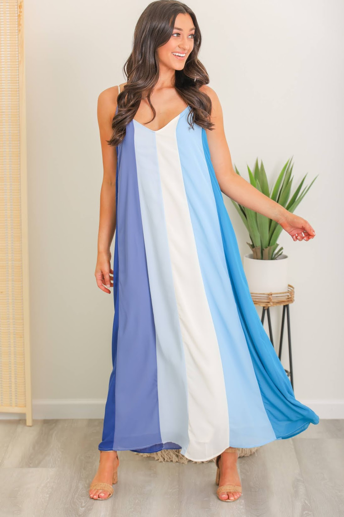 Motion of the Ocean Color Block Maxi