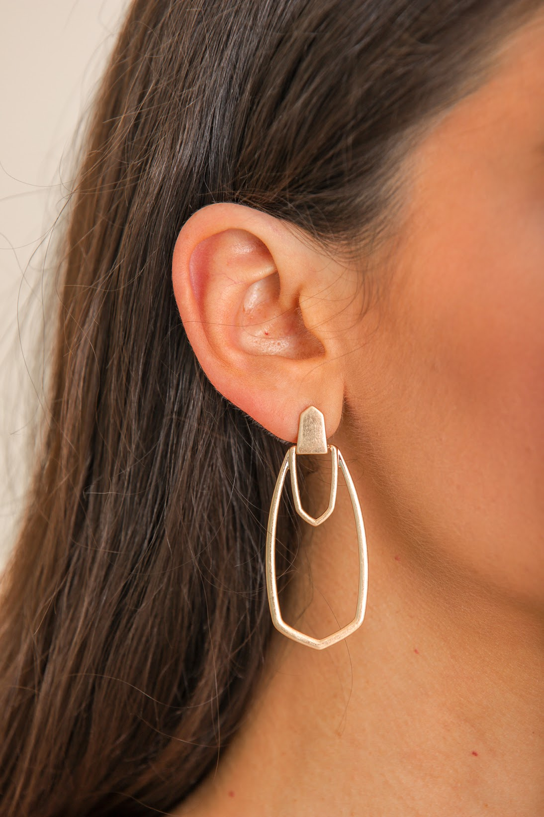 Right Around the Corner Geometric Drop Earring - Gold
