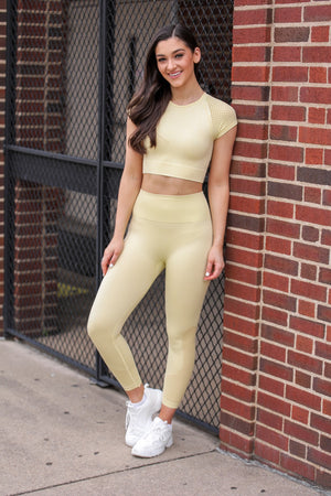 Running the Block Perforated Leggings - Yellow