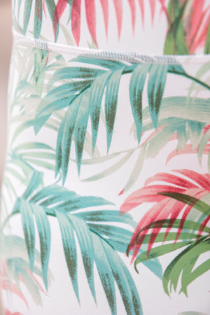 Jog Down the Beach Tropical Print Legging