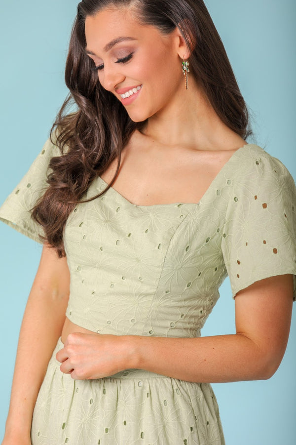 Beauty of Nature Eyelet Sweetheart Crop Top - Tops - Wight Elephant Boutique