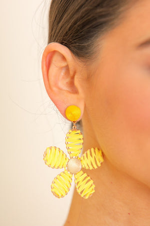 Daisy Petals Raffia Flower Earrings - Yellow