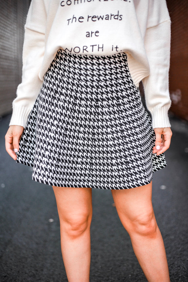 Seriously Sensational Hounds Tooth Skater Skirt