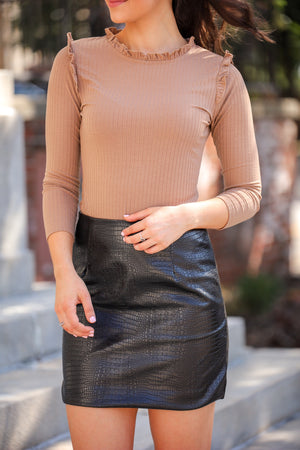 Ribbed Ruffle Mock Neck - Chestnut