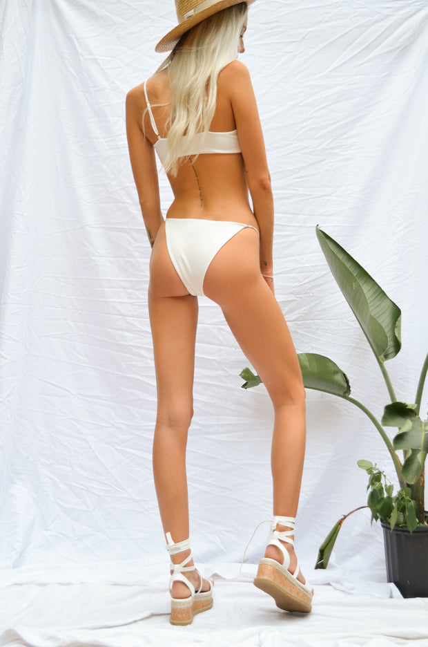 Delilah Bottoms - White