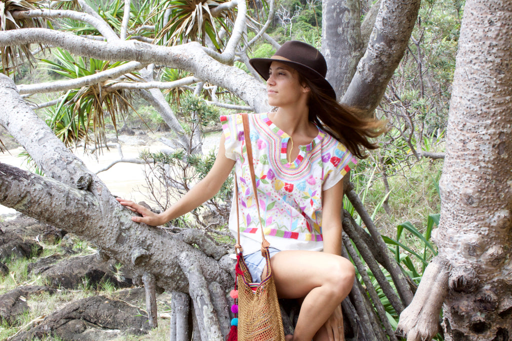cielo collective chamula blouse el mar net bag