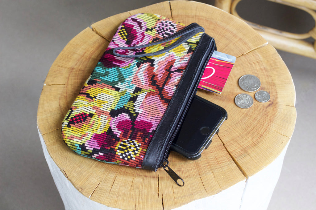 cielo collective catarina clutch