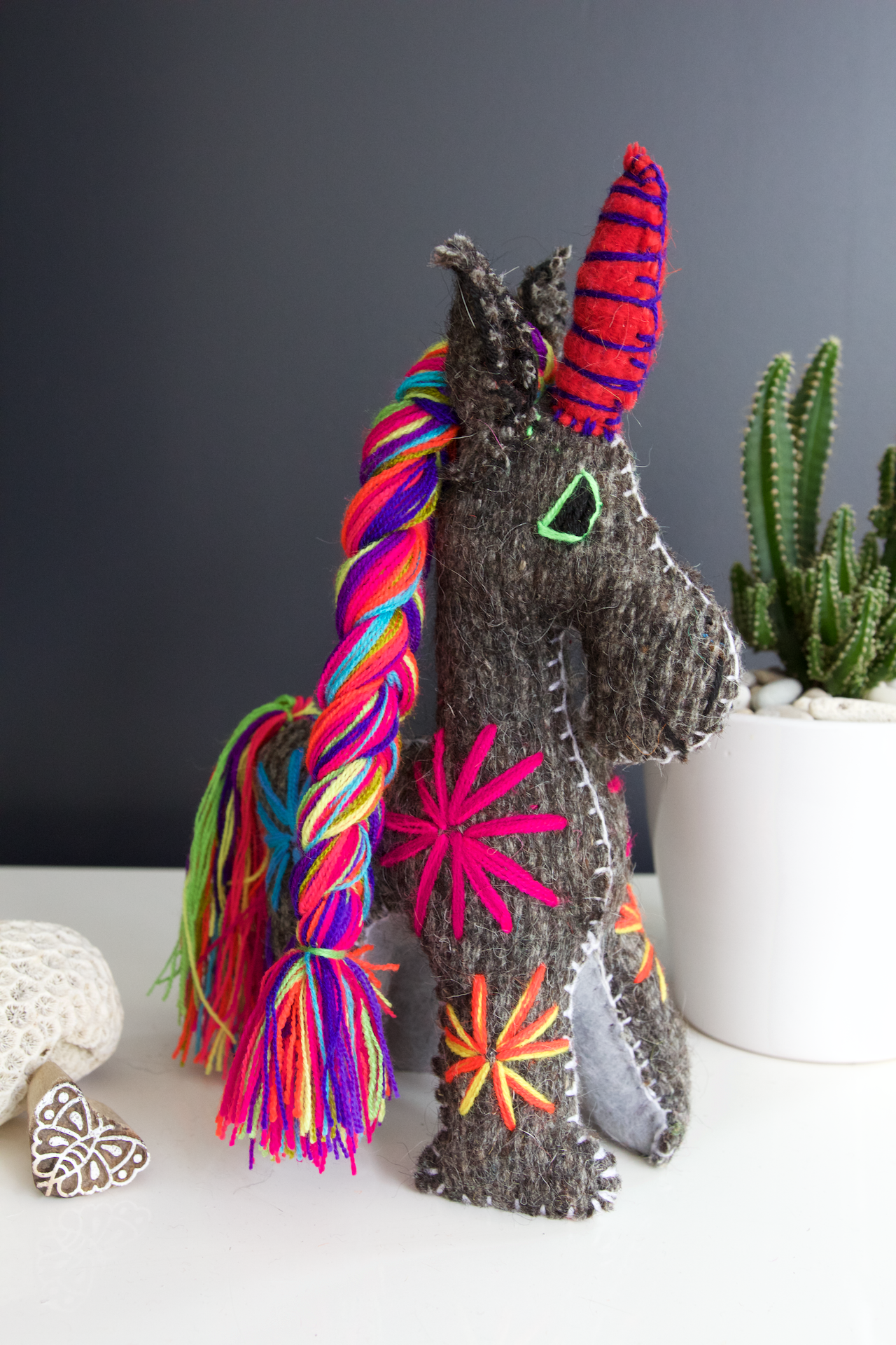 Animalito Unicorn 02  Decor Grey - Cielo Collective handmade Mexico Guatemala