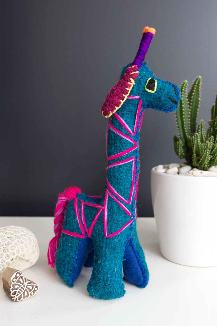 Animalito Giraffe 02  Decor Blue - Cielo Collective handmade Mexico Guatemala