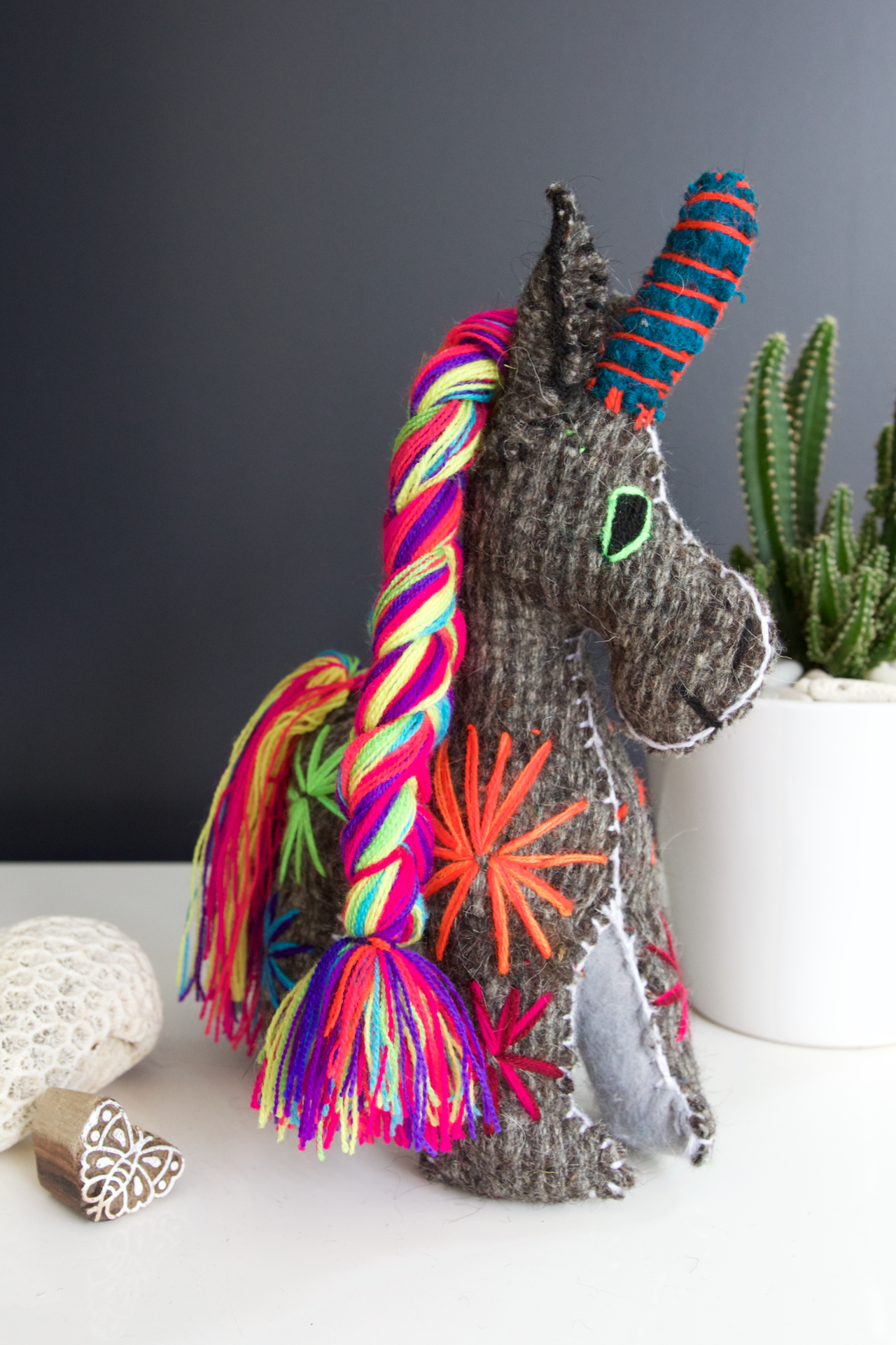 Animalito Unicorn 06  Decor Grey - Cielo Collective handmade Mexico Guatemala