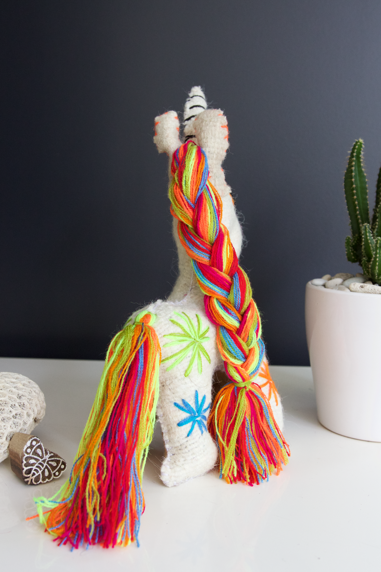 Animalito Unicorn 04  Decor White - Cielo Collective handmade Mexico Guatemala