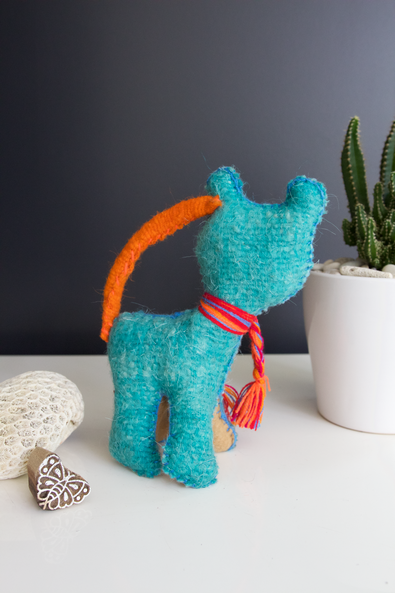 Animalito Cat 02  Decor Blue - Cielo Collective handmade Mexico Guatemala