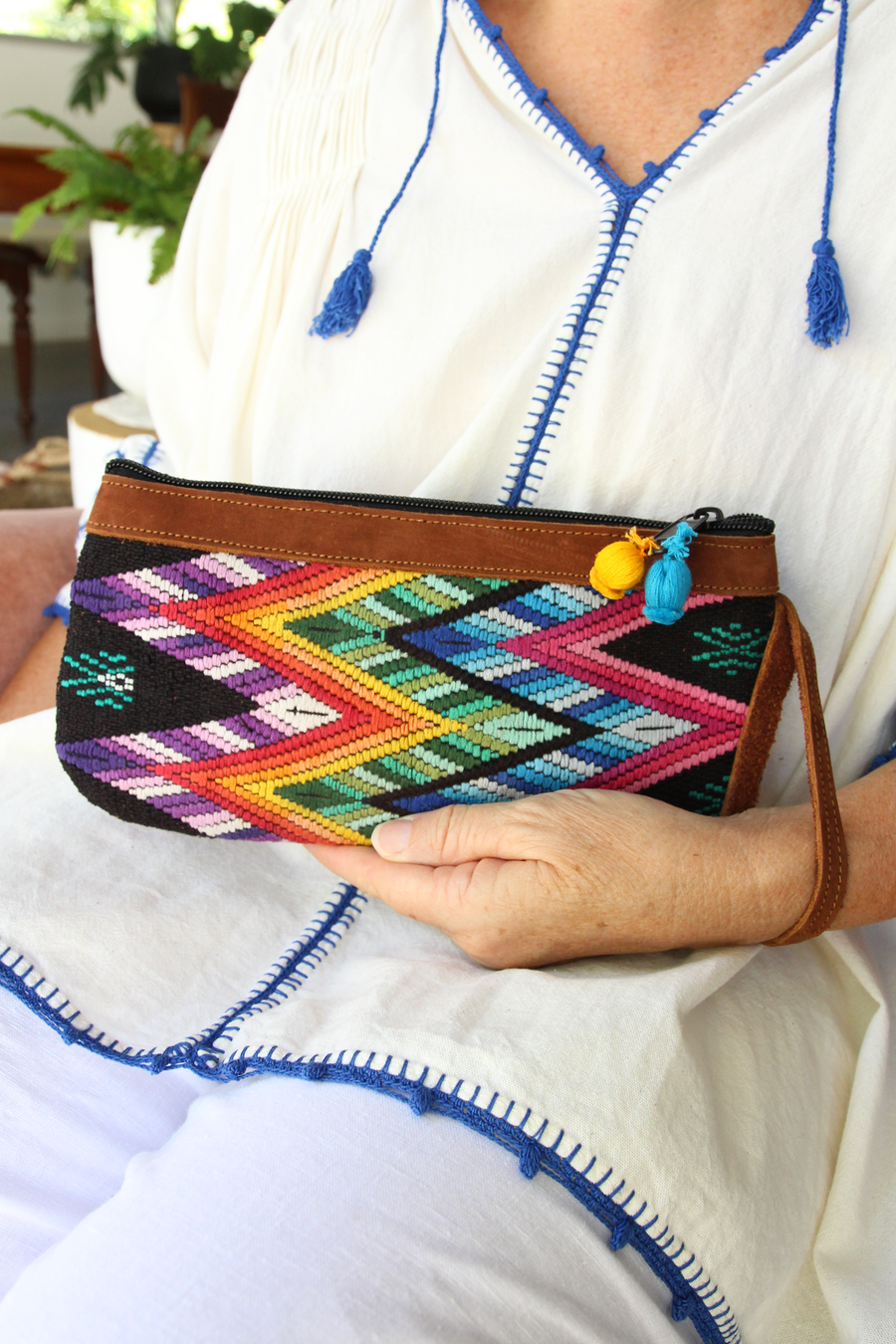 Catarina Clutch 68  Clutch Green - Cielo Collective handmade Mexico Guatemala