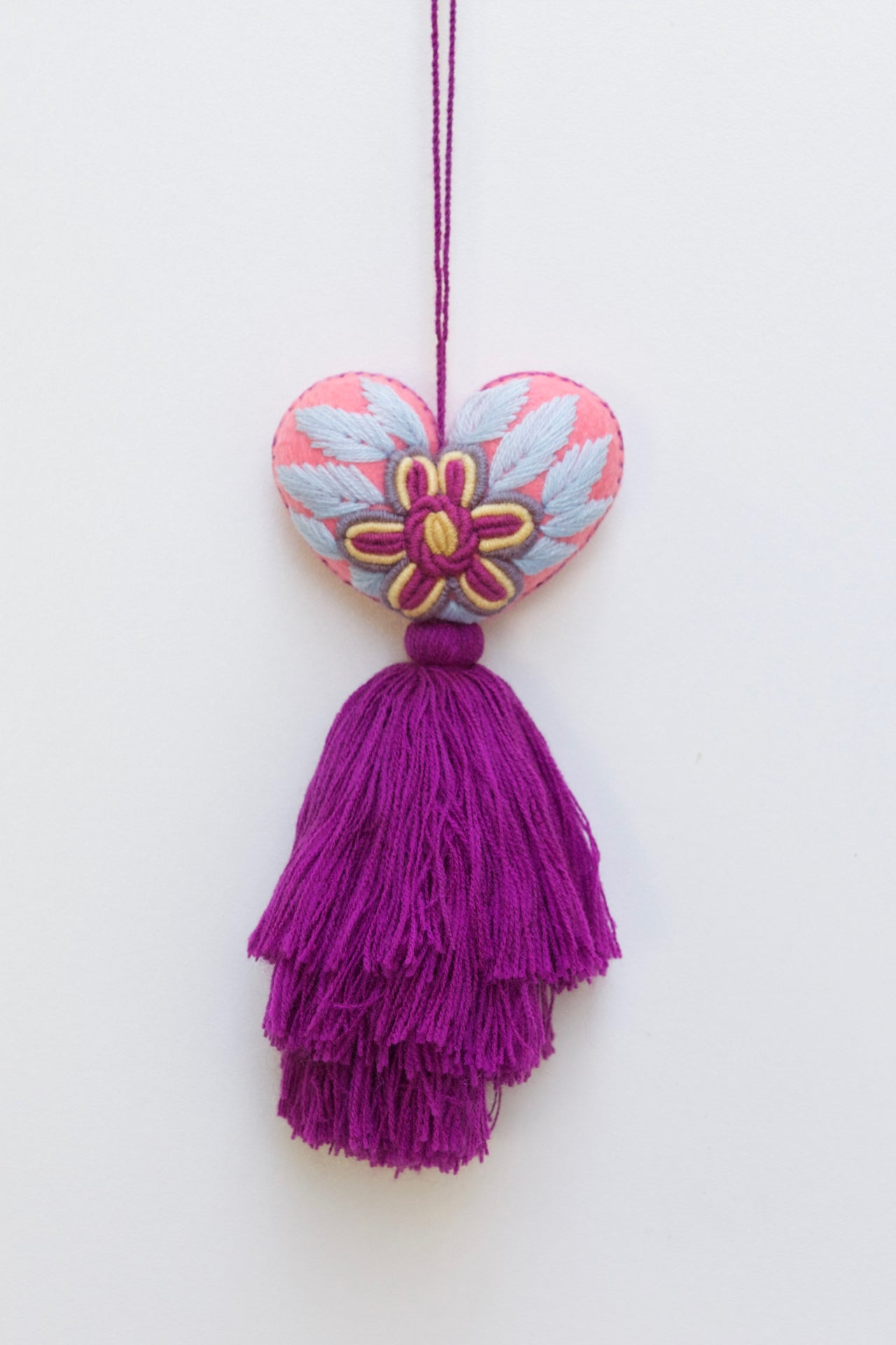 Corazon Tassel 02  Decor Purple - Cielo Collective handmade Mexico Guatemala