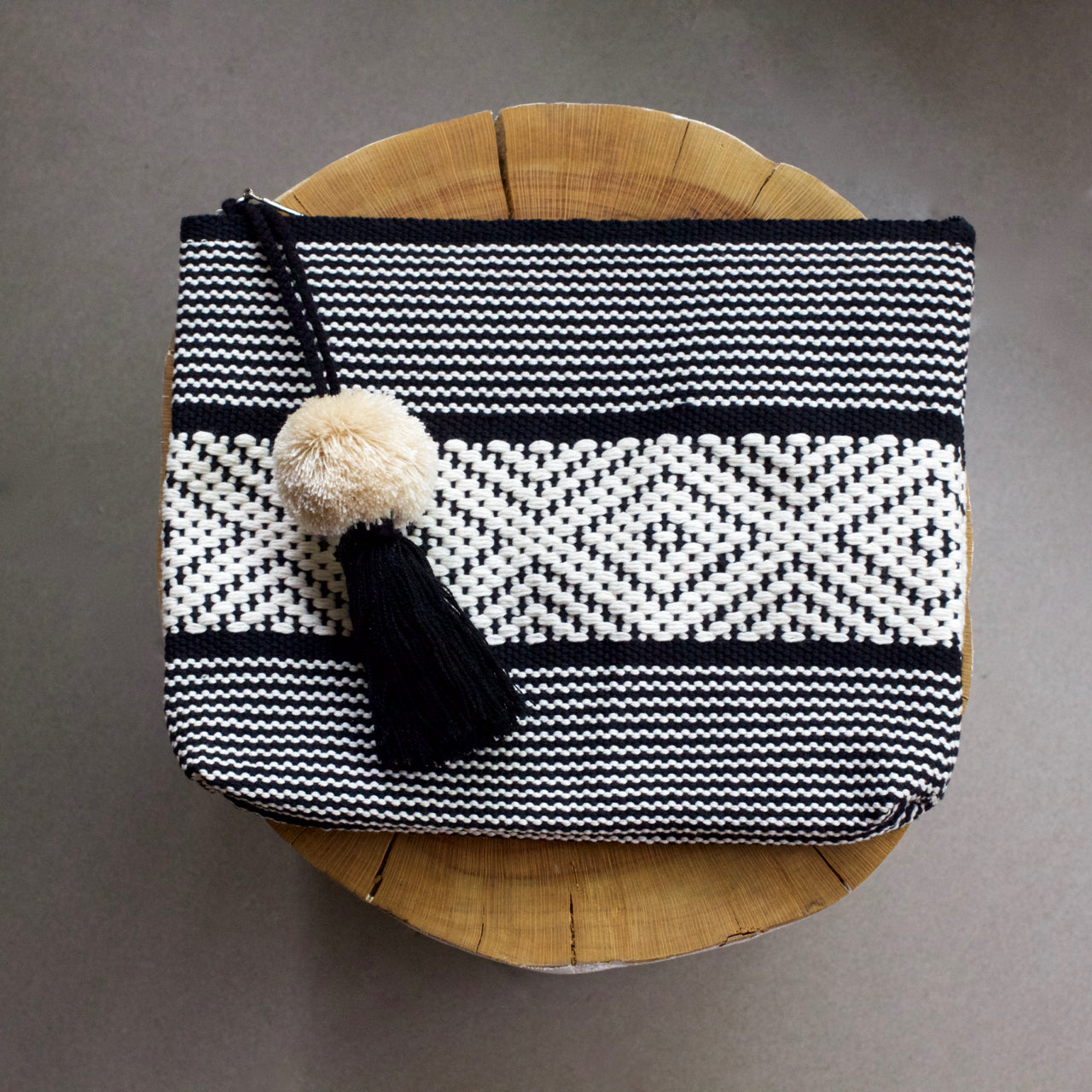 Jalieza Diamond Clutch 33  Clutch Black & White - Cielo Collective handmade Mexico Guatemala