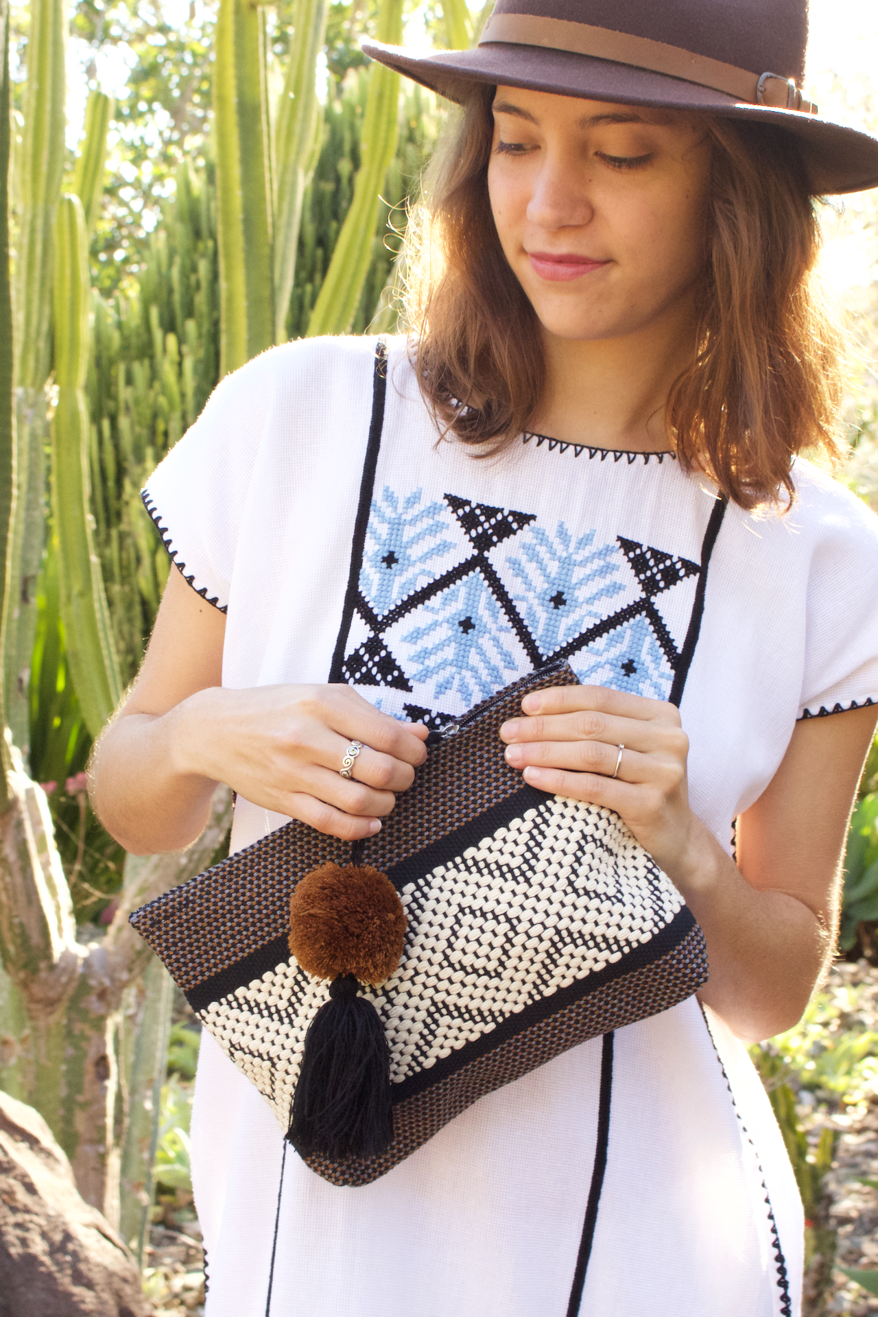 Jalieza Diamond Clutch - Brown  Clutch Black & Brown - Cielo Collective handmade Mexico Guatemala