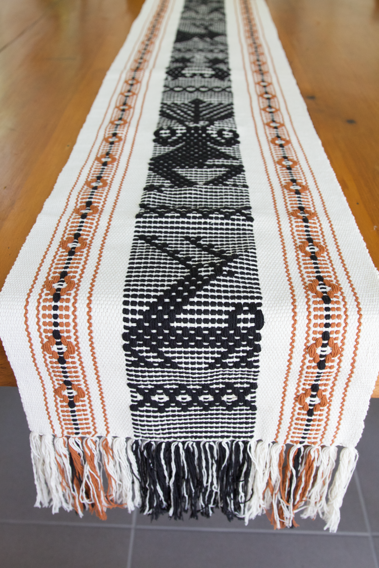 Jalieza Table Runner - Small - Natural