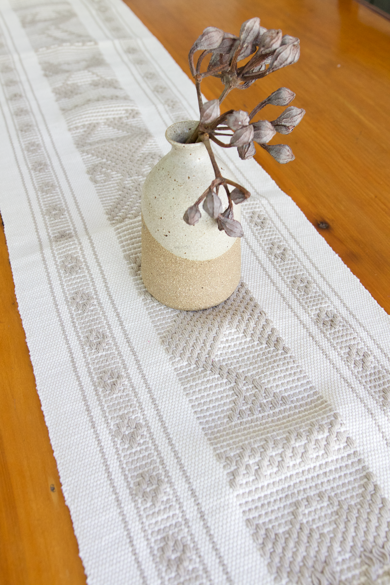 Jalieza Table Runner - Small - Natural & Grey