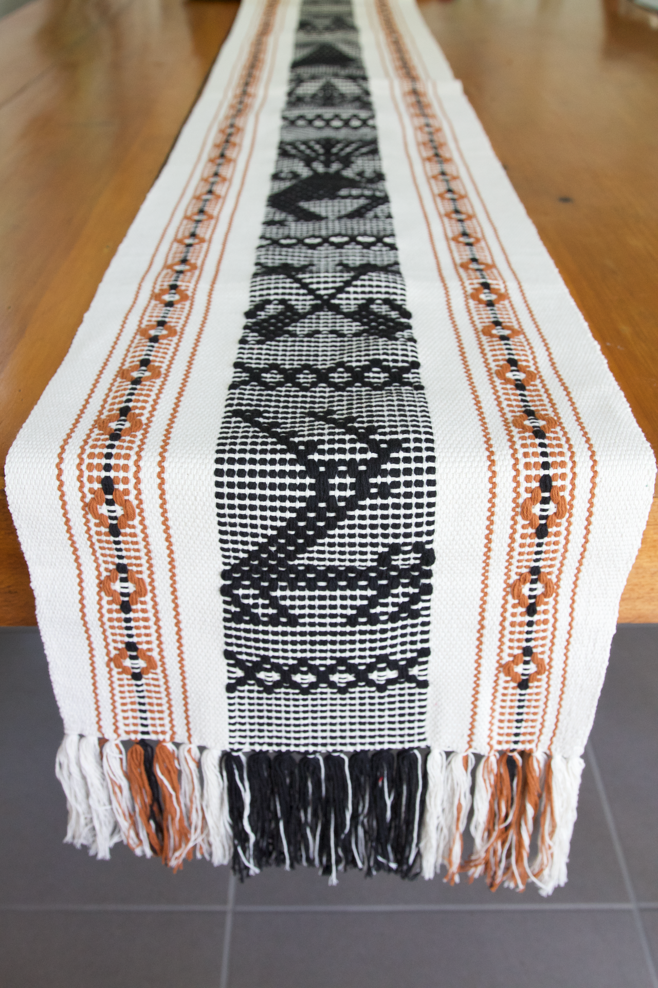 Jalieza Table Runner - Large - Natural