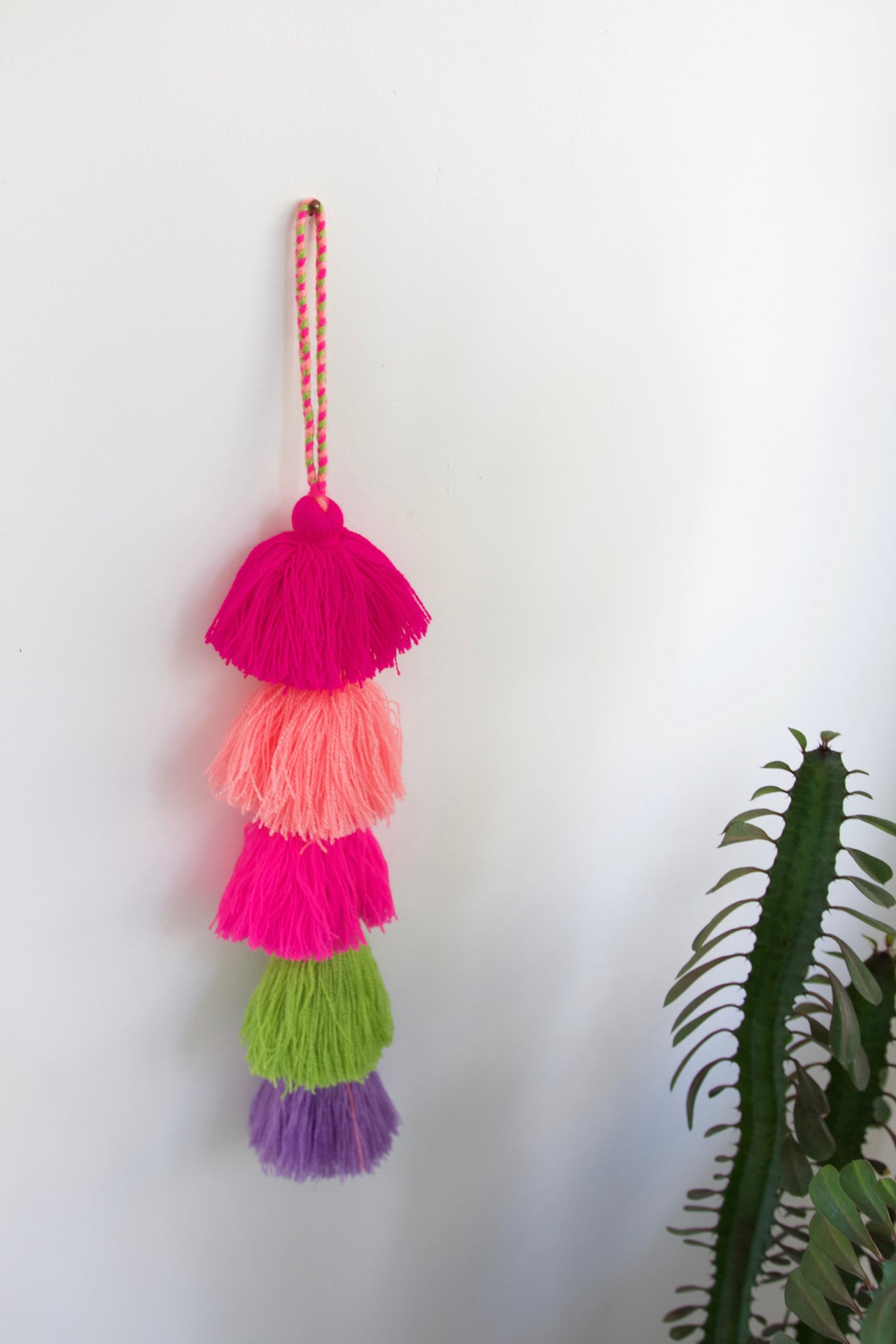 Tassel Strand 02  Decor Multicolour - Cielo Collective handmade Mexico Guatemala