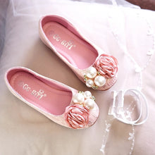 Load image into Gallery viewer, Flower Girl Shoes - WeddingConfetti