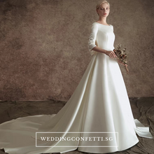 Load image into Gallery viewer, The Johanssen Wedding Bridal Satin With Detachable Train Gown