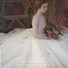 Load image into Gallery viewer, The Lovelle Bridal Gown - WeddingConfetti