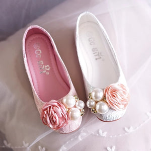 Flower Girl Shoes - WeddingConfetti