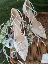 Load image into Gallery viewer, The Garden Wedding Lace Tie Heels