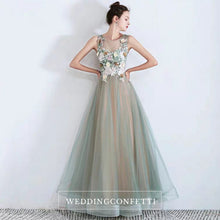 Load image into Gallery viewer, The Zelene Ombre Sleeveless Tulle Gown - WeddingConfetti