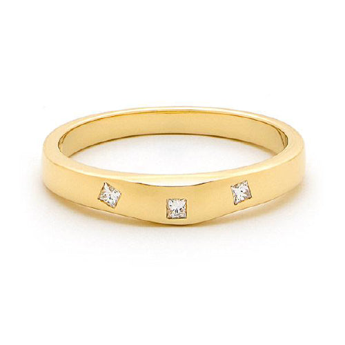 18ct yellow gold Princess cut wedding ring.
