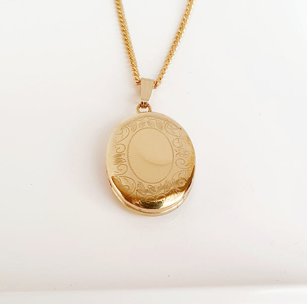 Sterling silver gold plated oval locket