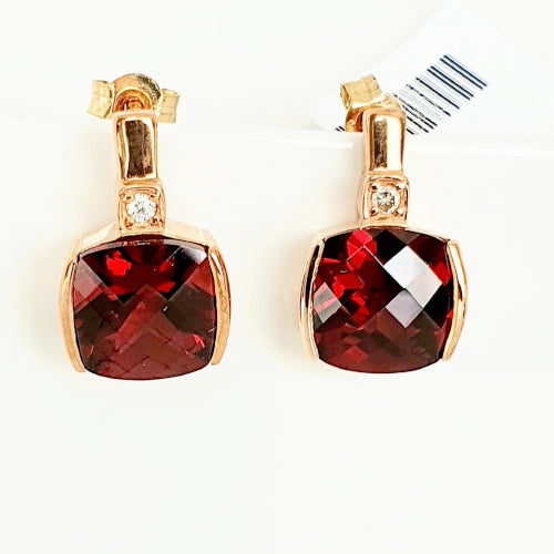 9ct rose gold & Diamond earrings.