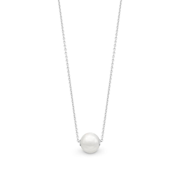 Sterling silver & pearl necklace.