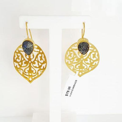 Earrings by Iskia