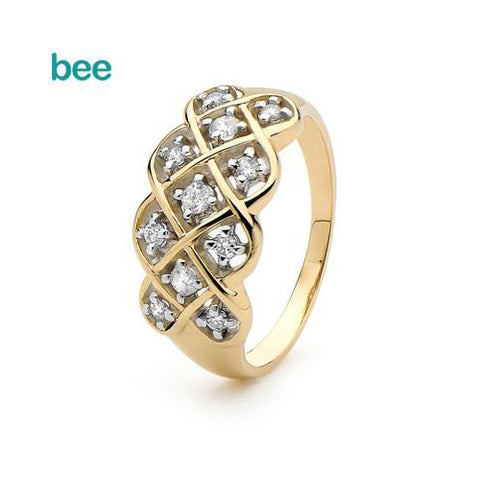 9ct yellow gold Diamond dreamweaver ring.