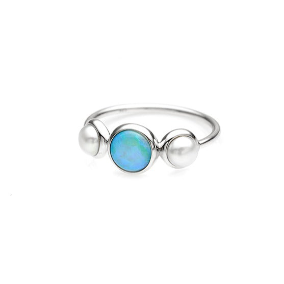 Sterling Silver Opal & Pearl ring.