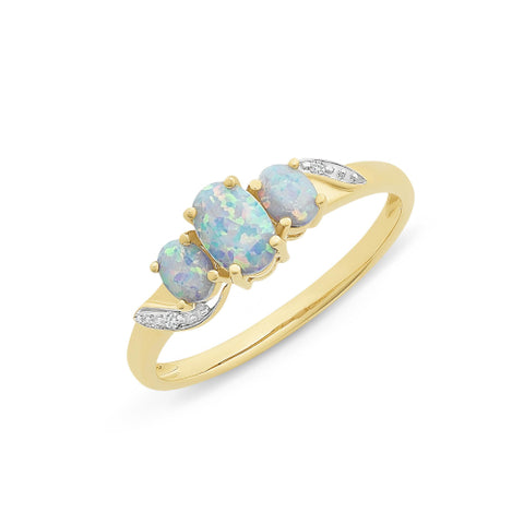 9ct yellow gold opal ring.