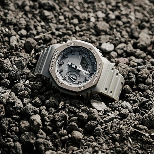 "CASIO G-SHOCK Carbon Core ""Casioak"" GA-2110ET-8ADR - Vincent Watch"