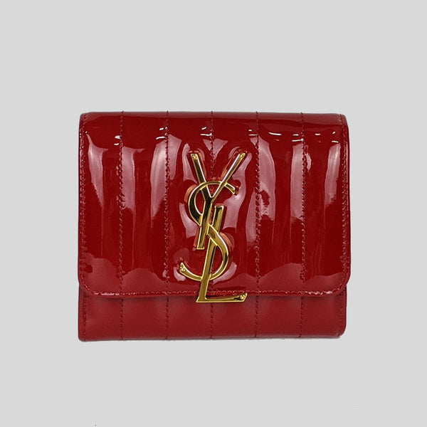 YSL YVES SAINT LAURENT Vicky Patent Leather Small Wallet Rouge 539976